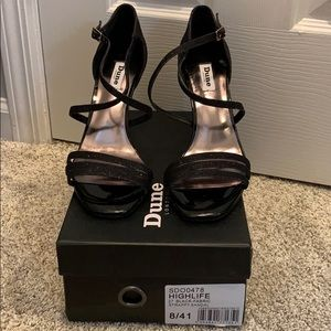Dune London Highlife Black Strappy Sandal sz 10